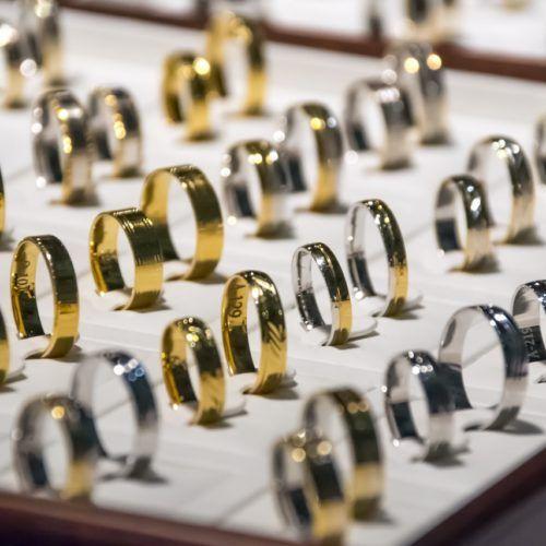 tasar el oro