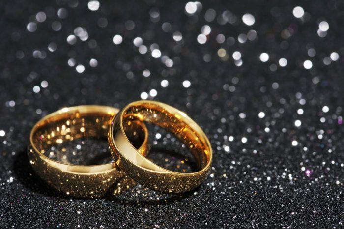 como saber si un anillo es de oro puro