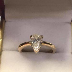 a222421f1f8 Anillo diamante talla pera 1.30ct Color H - Pawn Shop