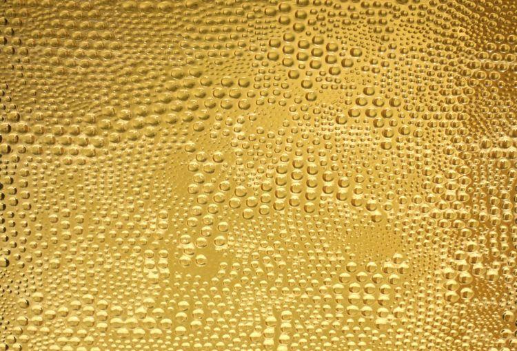 1de8deb5720b Por qué y cómo se utiliza el oro comestible en algunos alimentos.   Posted  by Pawnshop ...