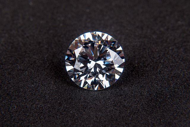 Cómo cuidar un diamante