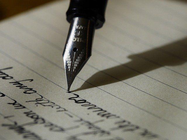 cómo escribir con estilográfica